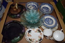 TRAY CONTAINING CERAMIC ITEMS, TWO SMALL BOWLS, GLASS DISHES ETC