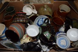 BOX CONTAINING CERAMIC ITEMS, JUGS, TEA POTS, BOWLS, DISHES ETC