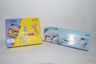 CORGI BOX CONTAINING ITEMS FROM CHIPPERFIELD CIRCUS
