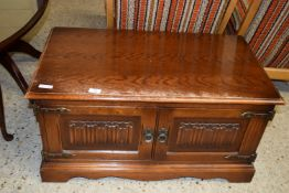 SMALL LINENFOLD DECORATED TV STAND, WIDTH APPROX 87CM