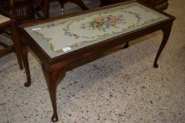 GLASS TOPPED COFFEE TABLE WITH NEEDLEWORK DECORATION INSERT, APPROX 95 X 37CM