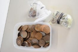 BOX CONTAINING VINTAGE COINAGE, PENNIES, HALFPENNIES, FARTHINGS AND OTHER COINS