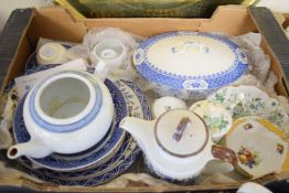 BOX OF MISCELLANEOUS CHINA INCLUDING ORIENTAL TEA POT, BLUE AND WHITE SERVING TUREEN AND COVER ETC