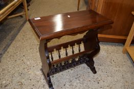 MAHOGANY EFFECT MAGAZINE RACK AND OCCASIONAL TABLE, WIDTH APPROX 54CM