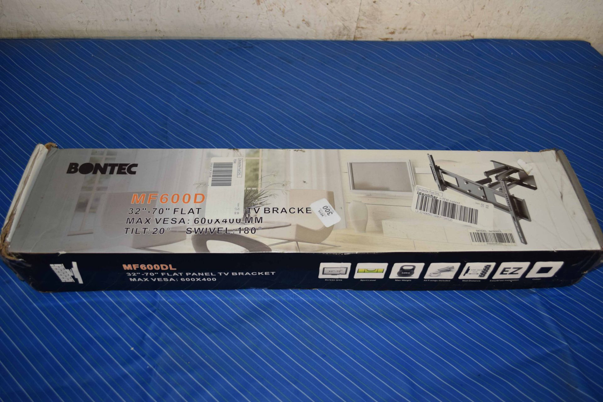 """BOXED FLAT SCREEN TV MOUNTING BRACKET FOR UP TO 70"""" TV"""