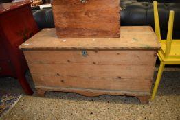 PINE BLANKET BOX, LENGTH APPROX 105CM