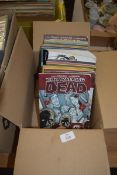 """BOX CONTAINING """"THE WALKING DEAD"""" COMICS"""