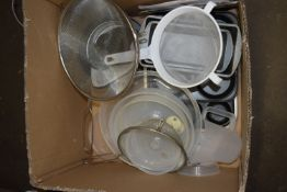 BOX OF MAINLY KITCHEN EQUIPMENT