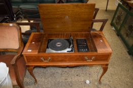 GARRARD SP25 RECORD DECK WITH DYNATRON EQUALISER MOUNTED IN A REPRODUCTION LIFT-TOP CABINET,