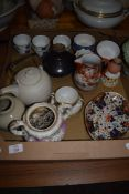 TRAY CONTAINING CERAMIC ITEMS, SMALL BOWLS, JAPANESE PORCELAIN JUG, CROWN DERBY IMARI STYLE DISH (