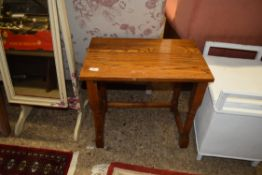 SMALL OAK SIDE TABLE, APPROX 56 X 36CM