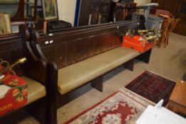 UPHOLSTERED PAINTED WOOD SETTLE, LENGTH APPROX 266CM