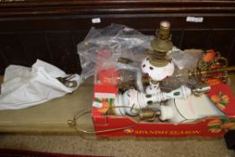 BOX CONTAINING QUANTITY OF VARIOUS LAMP BASES