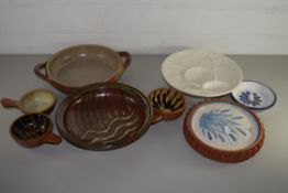 POTTERY WARES, SMALL DISHES ETC