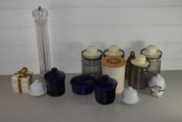 BOX CONTAINING KITCHEN WARES, POTTERY JARS AND COVERS AND GLASS JARS