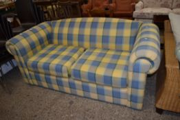 MODERN TWO-SEATER SOFA, LENGTH APPROX 174CM