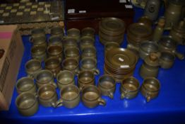 EXTENSIVE QUANTITY OF LANGLEY POTTERY DINNER WARES AND TEA WARES, VARIOUS SOUP BOWLS, COFFEE POTS,