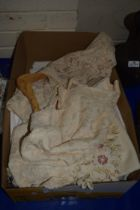 BOX CONTAINING LINEN AND EMBROIDERED ITEMS