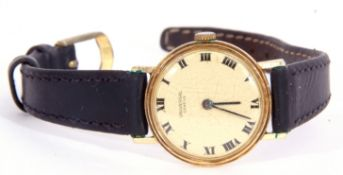 First quarter of 20th century ladies wrist watch, the round dial with black painted Roman