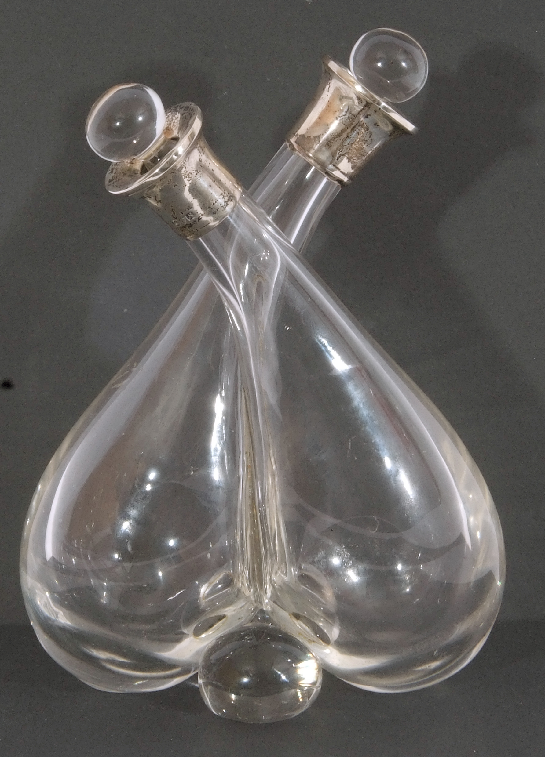 Silver mounted double vinegar and oil bottle, formed as two aubergine shaped glass bottles with - Image 6 of 7