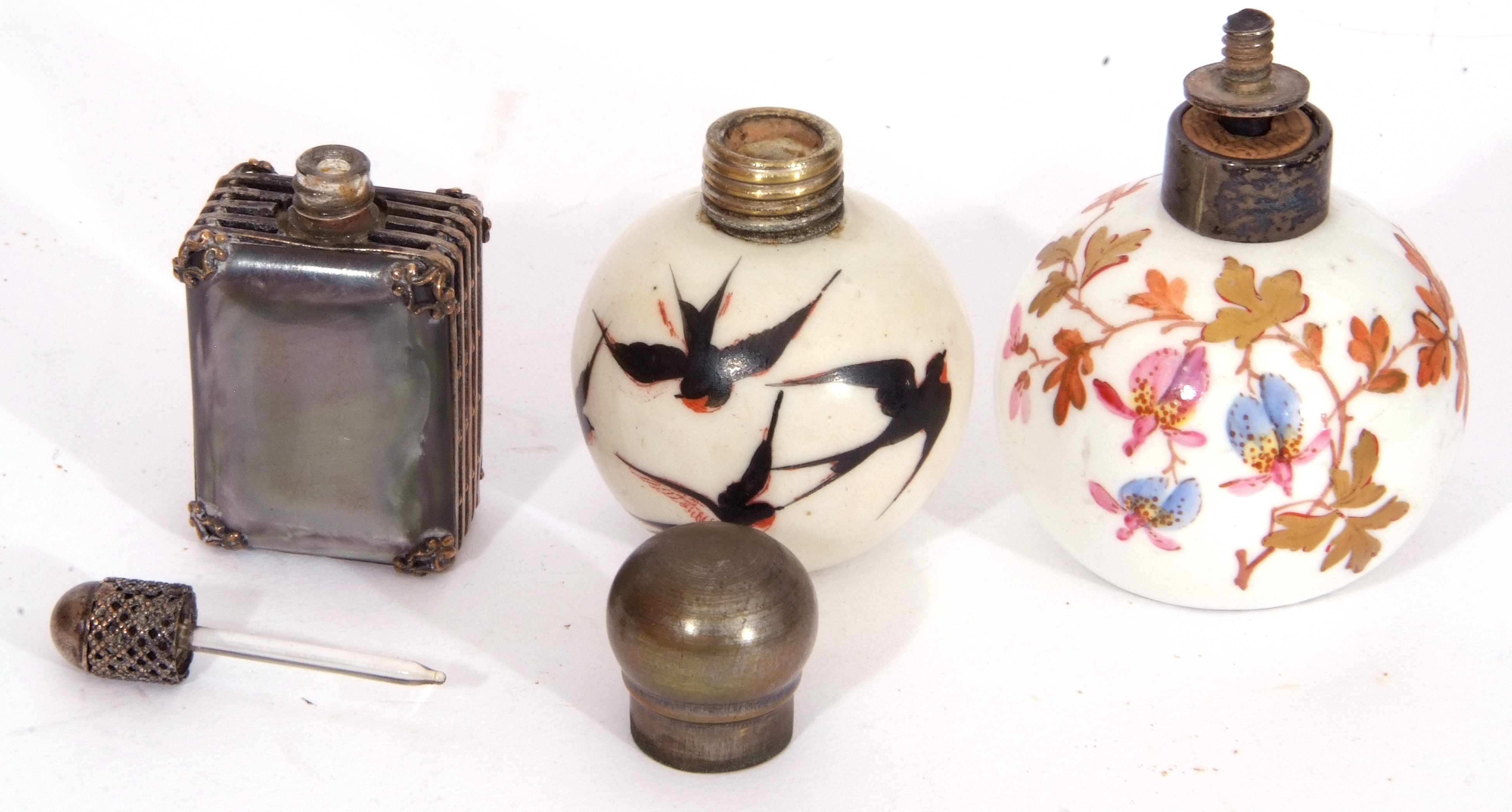 Mixed Lot: scent bottles to include a hand painted porcelain bottle of shield shape, the front - Image 8 of 19