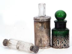 Mixed Lot: Victorian clear faceted glass double ended scent bottle, with hinged and screw on