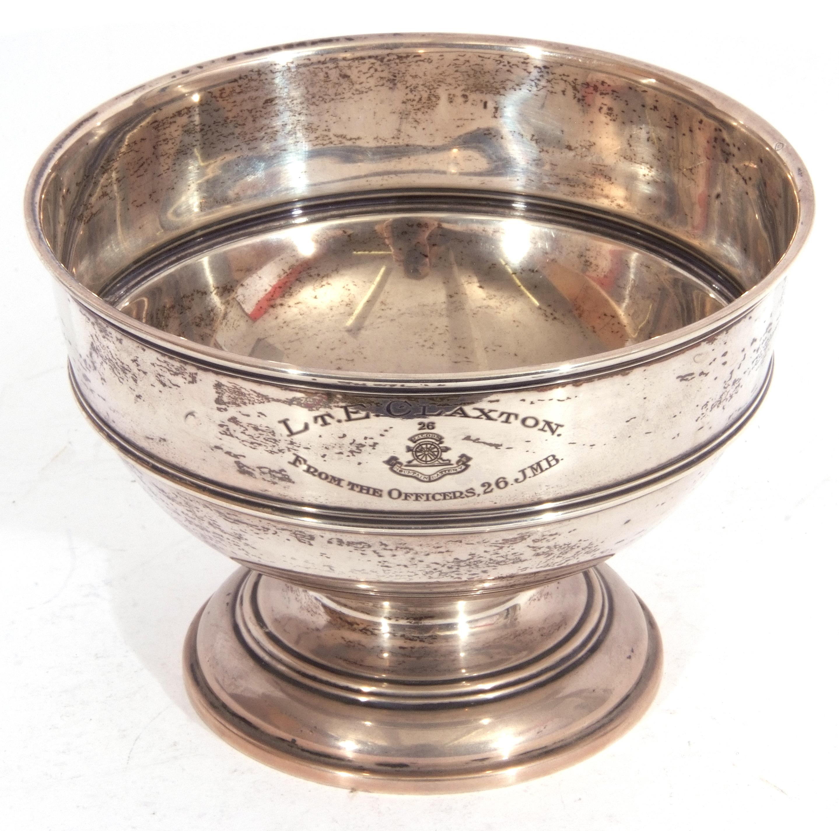 """George V silver pedestal bowl of compressed circular form, reeded borders, presentation engraved, """"L - Image 2 of 5"""