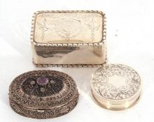 Mixed Lot: late Victorian silver pill box of circular form, engraved and chased pull off lid, gilt