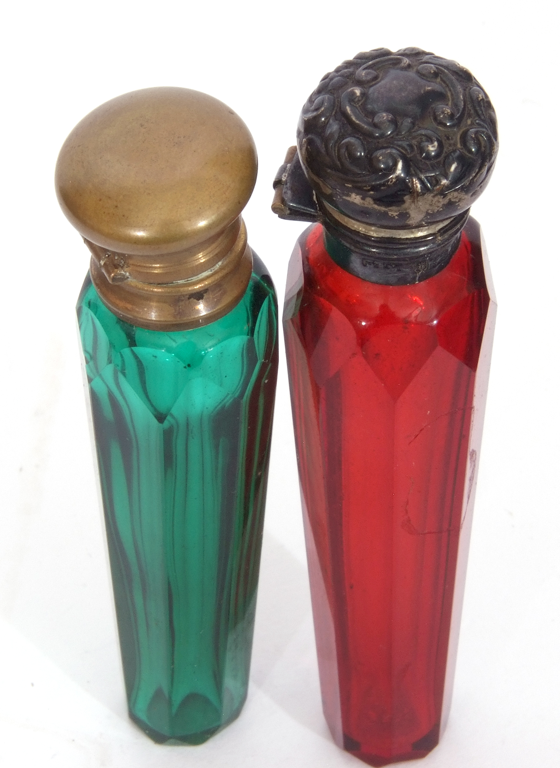 Mixed Lot: antique blue faceted glass double ended scent bottle with gilt metal fittings, 13cm long, - Image 5 of 16