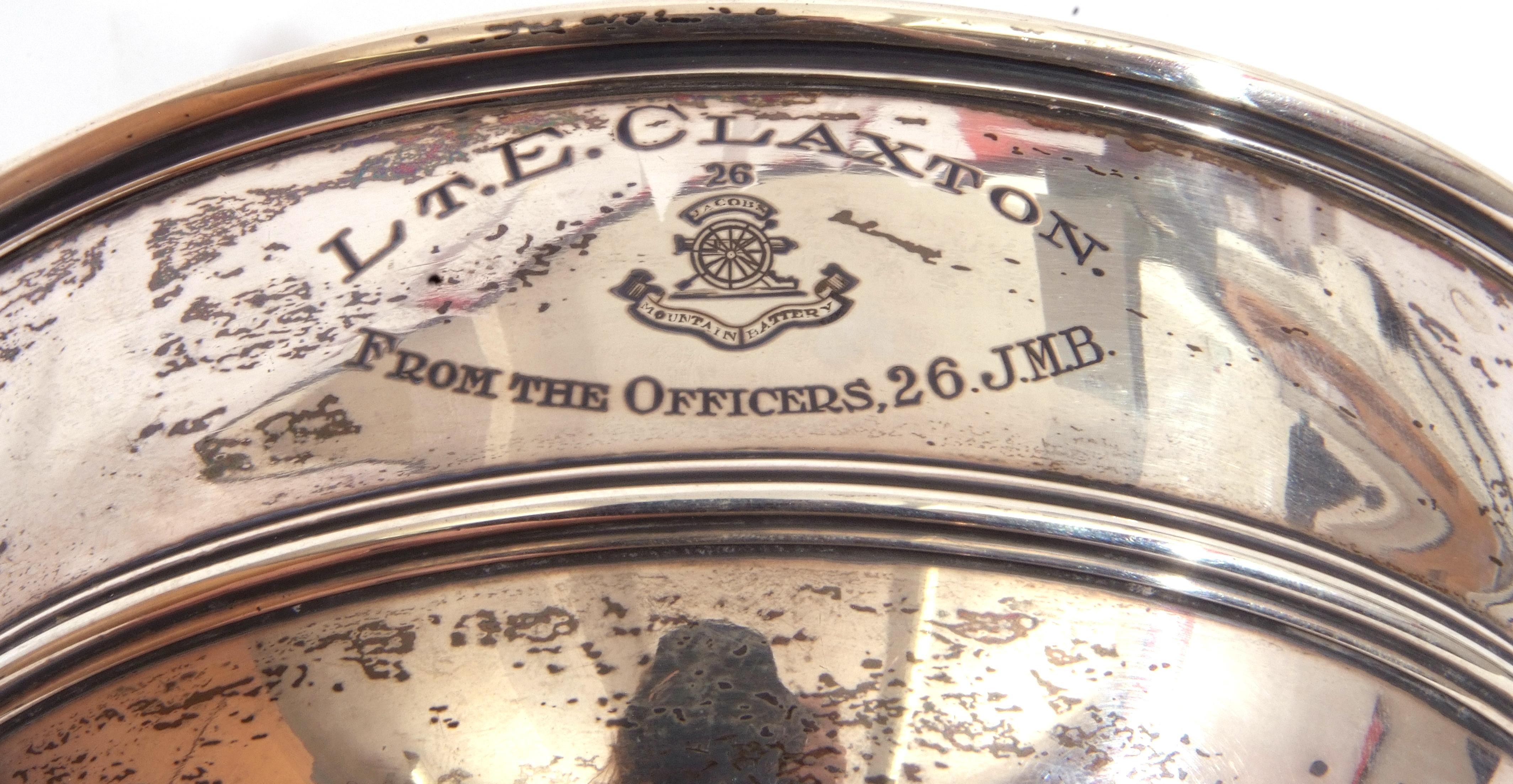 """George V silver pedestal bowl of compressed circular form, reeded borders, presentation engraved, """"L - Image 4 of 5"""