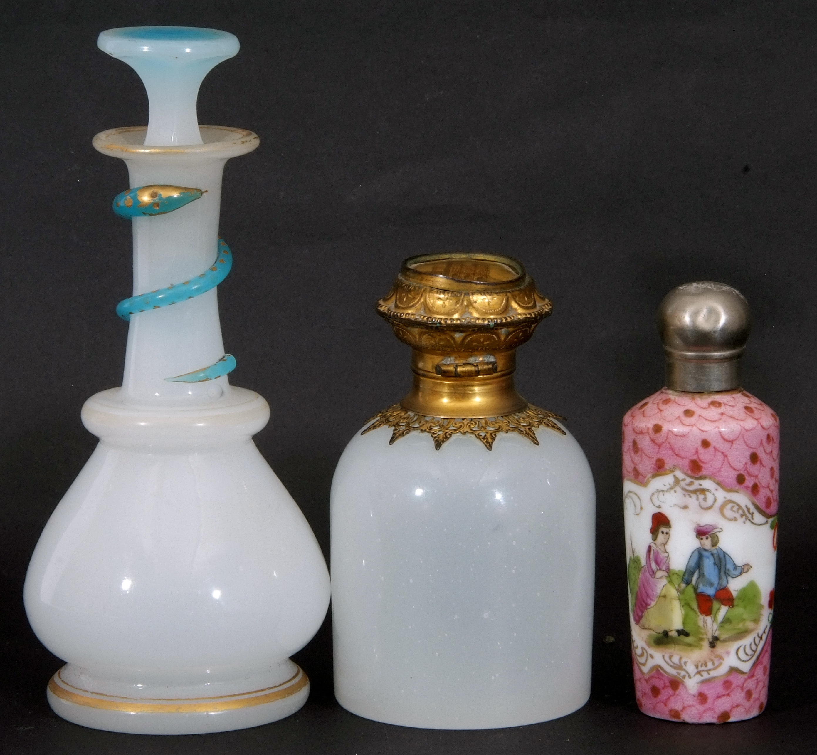 Mixed Lot: 19th century milk glass scent bottle with gilt metal hinged lid with inset to cap, a - Image 2 of 12