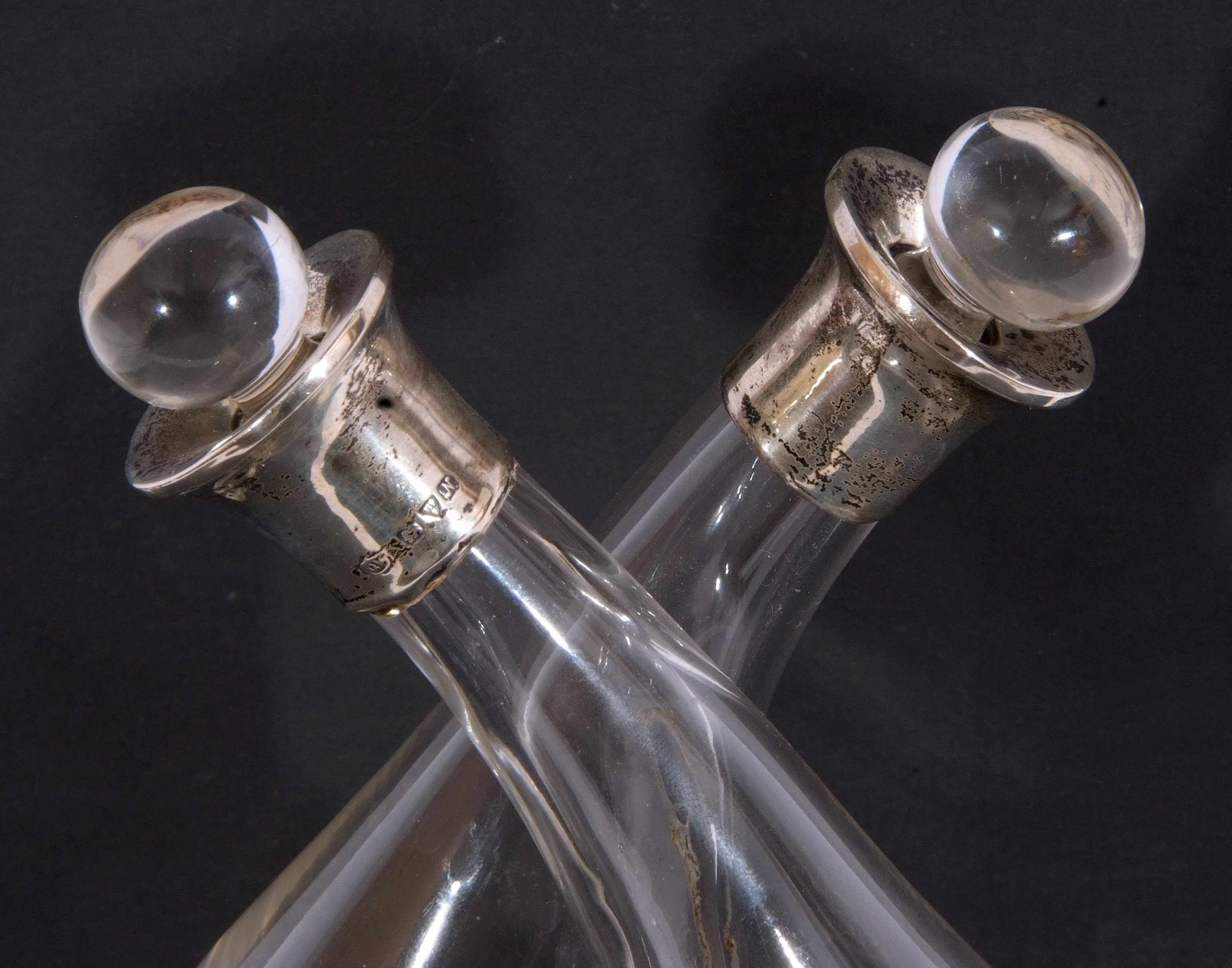 Silver mounted double vinegar and oil bottle, formed as two aubergine shaped glass bottles with - Image 7 of 7