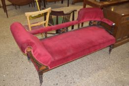 19TH CENTURY CHAISE LONGUE WITH RING TURNED LEGS, LENGTH APPROX 167CM