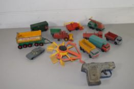 SMALL PLASTIC BOX CONTAINING TOY CARS AND TRUCKS