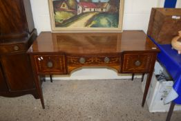 GOOD QUALITY EDWARDIAN MAHOGANY DRESSING TABLE WITH INLAID AND CROSS BANDED DECORATION, WIDTH APPROX