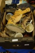 BOX CONTAINING KITCHEN CERAMICS, MUGS, BOWL ETC AND POTTERY MODEL OF A TIGER
