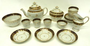 Quantity of late 18th century Worcester or Coalport porcelain tea wares, pattern number N243,