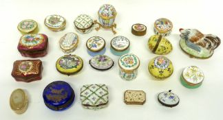 Quantity of 19th/20th century enamel boxes including one with two chickens, Halcyon Days example