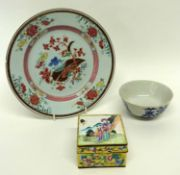 Group of Chinese ceramics including a blue and white bowl, cloisonne box and cover and famille