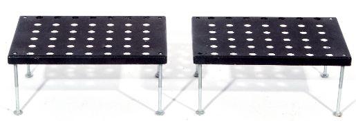 Pair of amplifier stands 19 x 43 x 30 cm.