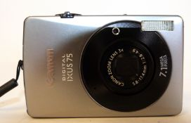 Canon Ixus 75 digital camera with charger