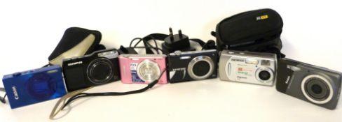Mixed Lot: digital cameras