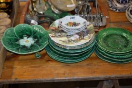 QTY OF ROYAL DOULTON COLLECTORS PLATES TOGETHER WITH GREEN PLATES