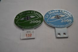 TWO BADGES FOR THE MORGAN SPORTS CAR LE MANS 2006, 2008