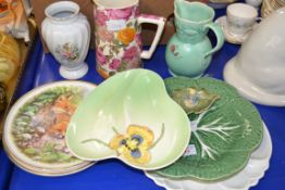 CERAMIC DISHES AND JUGS