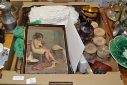BOX CONTAINING TABLE NAPKINS, PICTURES