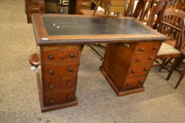 LEATHER TOPPED TWIN PEDESTAL DESK, LENGTH APPROX 121CM