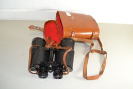 LEATHER CASE WITH BINOCULARS
