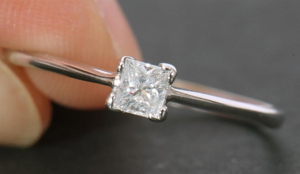 Modern 9ct white gold, diamond single stone ring, featuring a princess cut diamond, 0.20ct approx, - Image 11 of 11