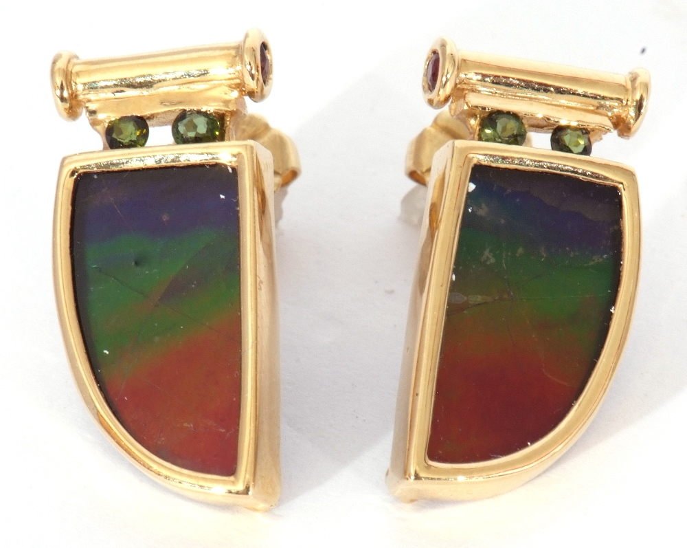 Pair of ammolite earrings, a tusk design, each with a bezel set ammolite stone in 18K mounts, 2cm - Image 3 of 6